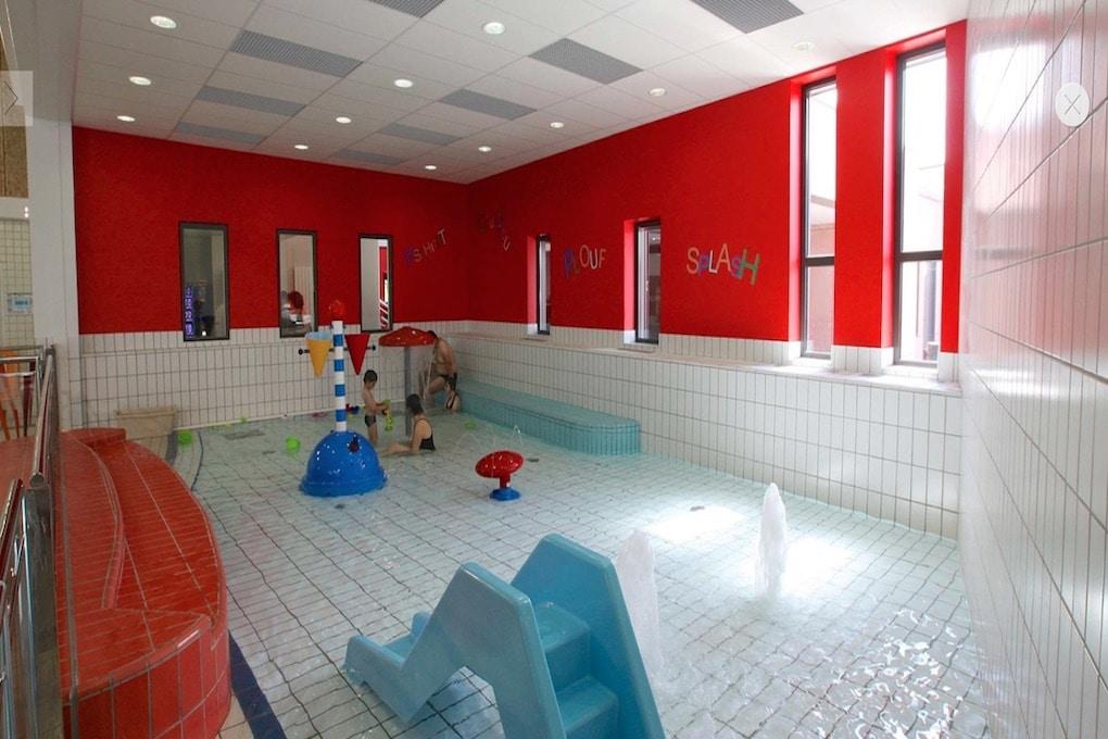 Restructuration de la piscine dErnée 53 5